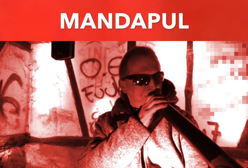 Mandapul_traditionelles_Didgeridoospiel_von_Olaf_Gersbacger_4